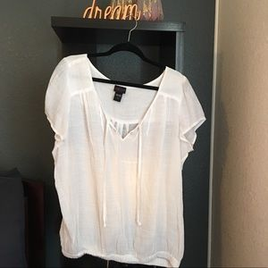 NWOT linen short sleeve shirt